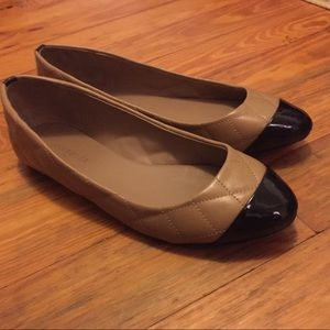 Ann Taylor Quilted Patent Toe Flats